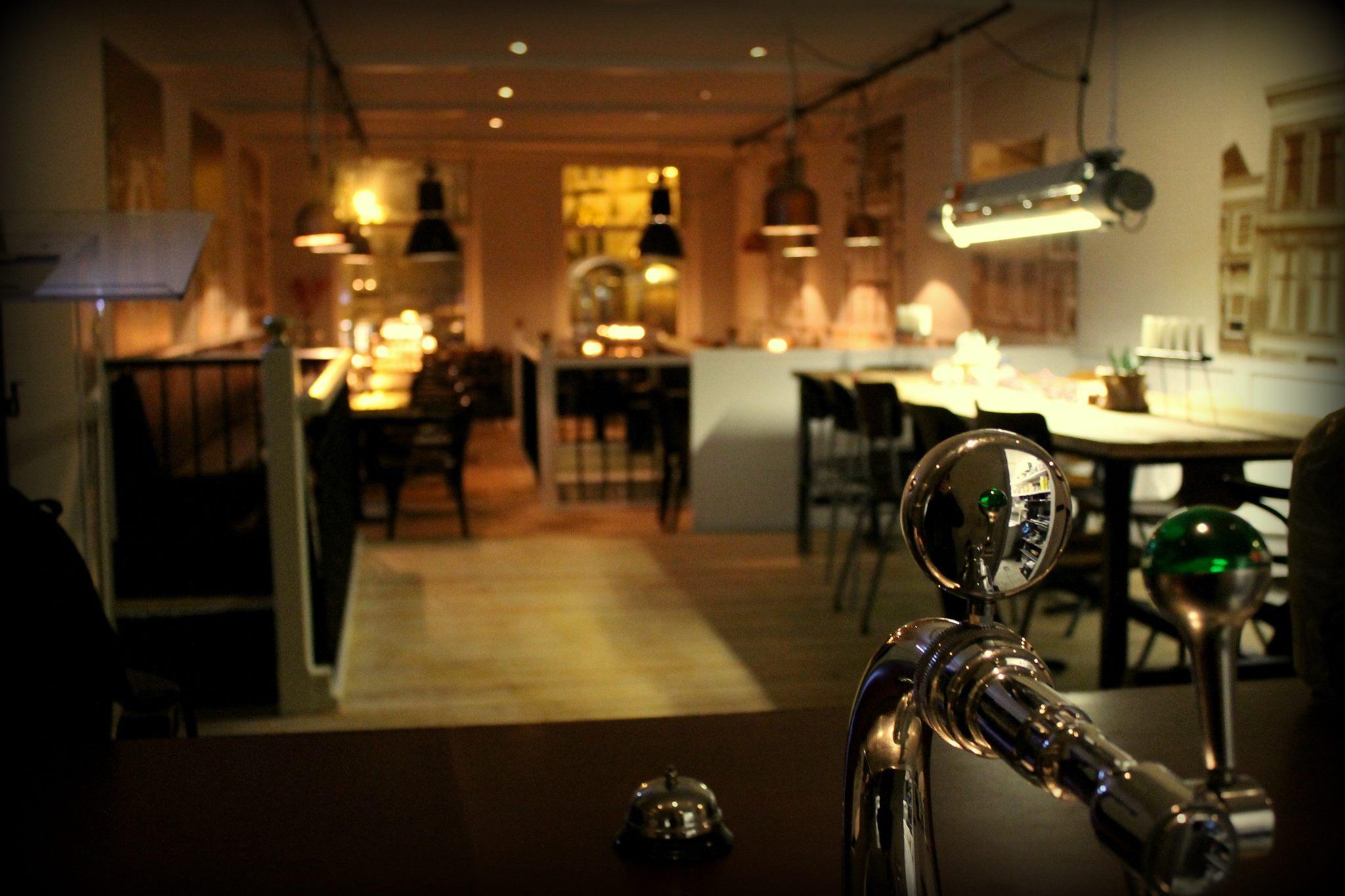 Nieuw restaurant boven de tapperij de tapperij gouda - Feestelijke bar ...